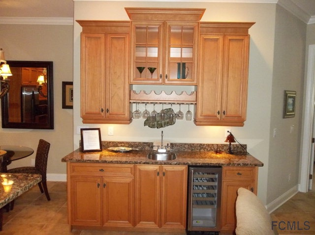 Wet Bar in Living Rm